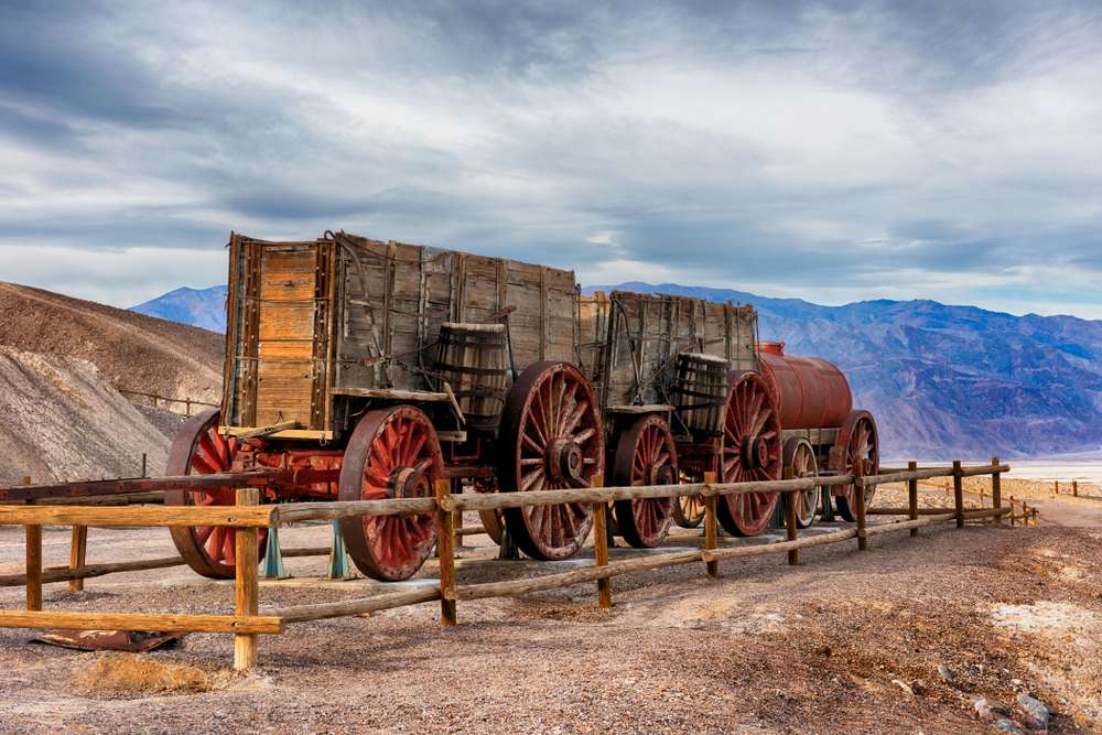 Twenty mule team borax wagon